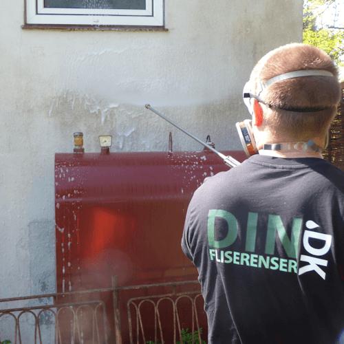 Mand renser facade